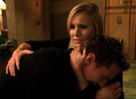 Veronica Mars (Kristen Bell) - a shoulder to cry on